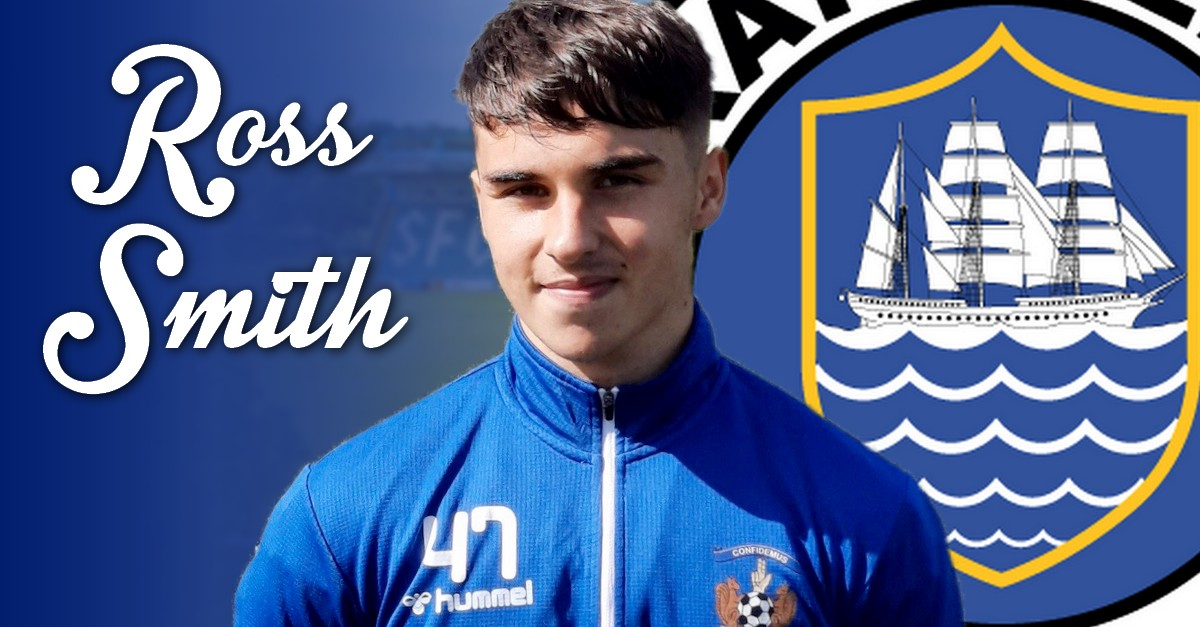 Kilmarnock youngster signs